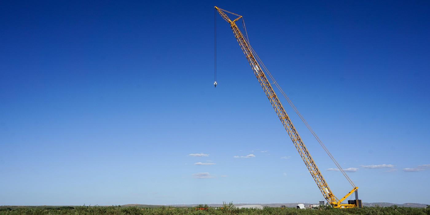 宁夏盐池大水坑300MW风电工程吊装工作全面开展